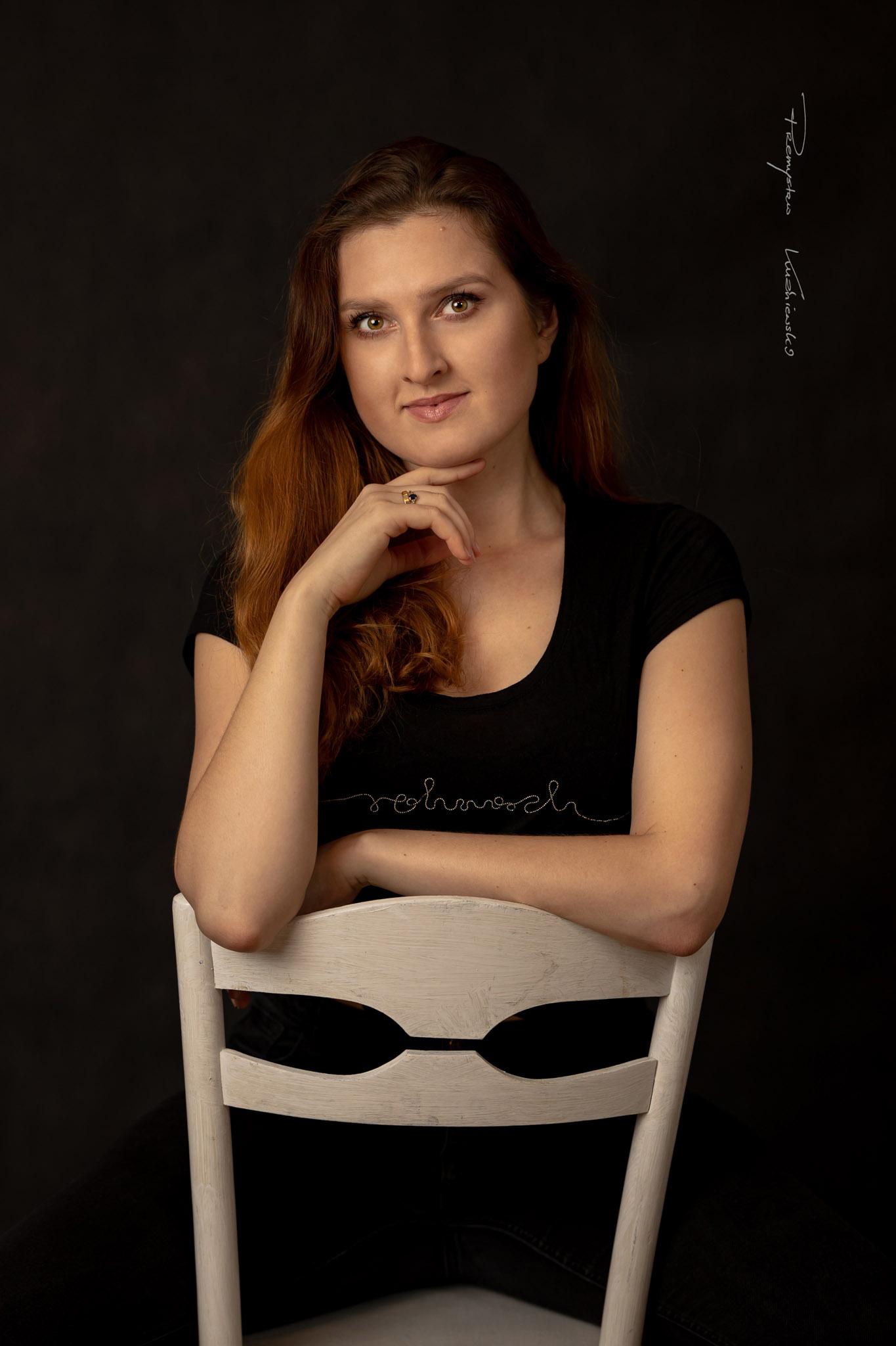 Ewelina studio czern empiriafoto Przemyslaw Kuzniewski fotograf Ciechanów 02